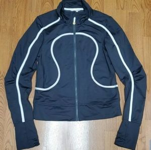 Lululemon Athletca size 6 zip up jacket